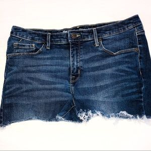 Mossimo 12L/ 31 midrise jean shorts ultra stretch
